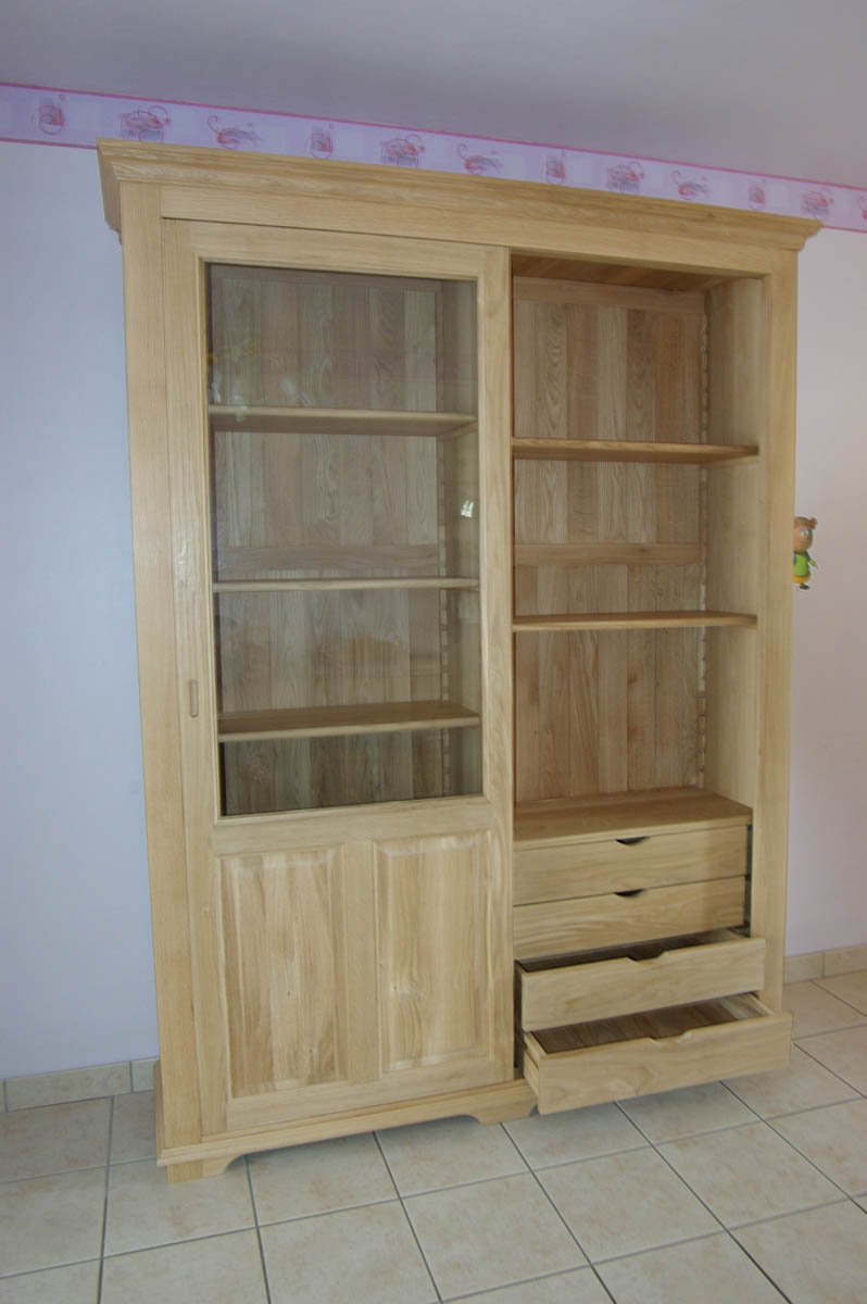 vaisselier en ch ne massif portes coulissantes albert. Black Bedroom Furniture Sets. Home Design Ideas